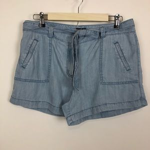 =LOFT= CHAMBRAY DENIM BELTED TIE SHORTS